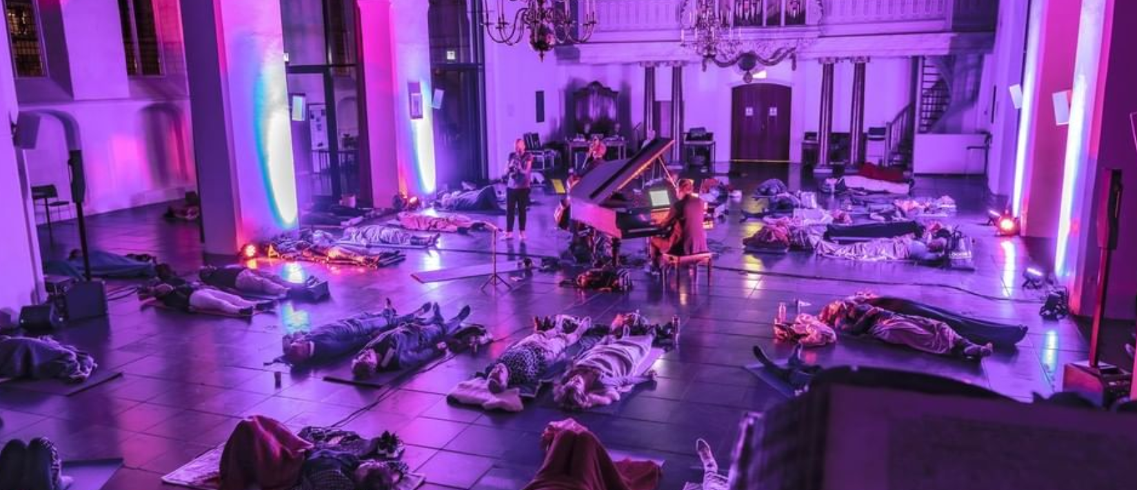 LAY DownTown | Wageningen, yoga mindfulness experience concert